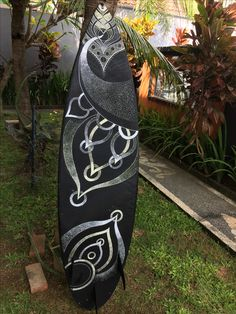 My very first painting on a surfboard. @gerrypranaputra