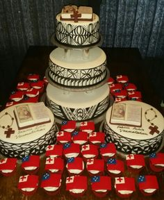 #Samoan and #Tongan holy #communion cake and cupcakes
