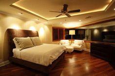 34 Luxury Master Bedroom Decor Ideas that Looks Cool Cool Lights For Bedroom, Bedroom Decor Lights, Bedroom Lighting, Red Master Bedroom, Master Bedroom Design, Bedroom Brown, Warm Bedroom, Bedroom False Ceiling Design, Bedroom Ceiling