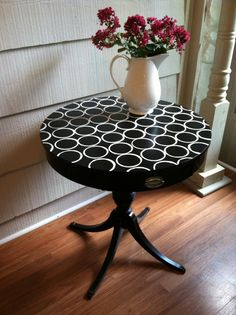 Vintage Black Round Side Table With Modern Painting - Endtable, Nightstand…