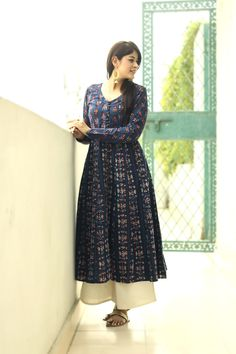 #indigo #traditional #handblock #print #anarkali #kurta #fashion #womenswear #chic #red #white #Fabindia