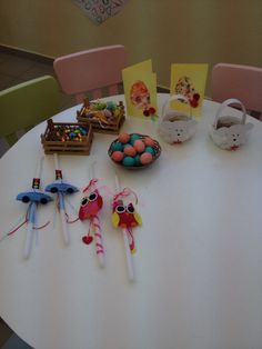 easter diy Πασχα Preschool, Easter, Crafts, Diy, Manualidades, Bricolage, Kid Garden, Easter Activities, Do It Yourself
