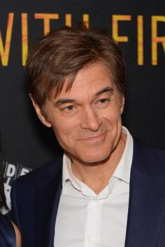 Dr. Mehmet Oz, thyroid disease - Andrew Toth, Getty Images Entertainment