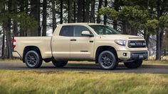 The 2017 Toyota Tundra Pro will be released in a double cabin styling with a cargo bed of feet. It clearly stands out among its competitors due to its distinct body colored grille that complements its overall exterior appearance. 2008 Toyota Tundra, Toyota Tundra Trd Pro, Best Pickup Truck, Pickup Trucks, Tundra Truck, One Drive, Toyota Trucks, Cool Trucks, Offroad