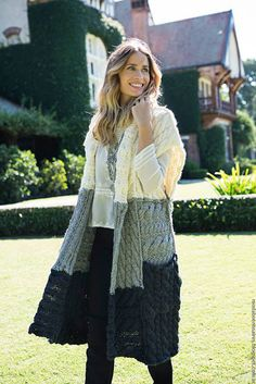 Milana Sweaters by Connie Saquer Grey Coats For Women, Winter Coats Women, Cardigans For Women, Crochet Coat, Knitted Coat, Crochet Cardigan, Diy Fashion, Fashion Outfits, Fashion Ideas