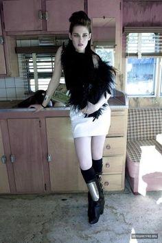 Kristen Stewart for FLAUNT MAGAZINE - YU TSAI  (2010)