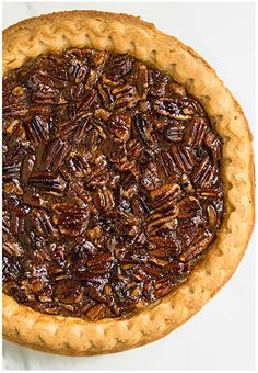 This easy pecan pie recipe with crispy crust and ooey gooey pecan filling is a c… This simple pecan pie recipe with crispy crust and ooey gooey pecan filling is a classic! It requires simple ingredients and is the best Thanksgiving dessert. Easy Pie Recipes, Pecan Recipes, Baking Recipes, Dessert Recipes, Cookie Recipes, Best Pecan Praline Recipe, Best Pecan Pie, Pecan Pies, Peacon Pie Recipe