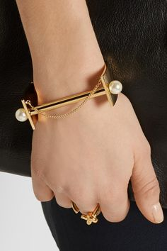 Chloe Darcey Gold Pearl Cuff. Shop it here: http://rstyle.me/n/u4vyubcukx