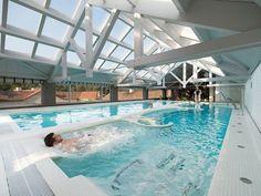 Alojamientos para enamorarse de Galicia - Hoteles Spas, Hotel Spa, Luxury, Building, Places, Water, Outdoor Decor, Travel, Life