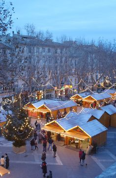 Christmas market in Avignon, Provence, France