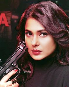 ) ♥️🌹♥️🔥 Maya's revenge is like the storm in the quiet, fire amidst the ocean. And she will not rest,… Little Girl Photos, Profile Picture For Girls, Beautiful Girl Photo, Cute Girl Photo, Bride Eye Makeup, Girl Hiding Face, Jennifer Winget Beyhadh, Cute Girl Face, Stylish Girls Photos