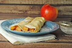 Cinnamon Apple Crepes from @Jen @ Juanita's Cocina #recipe #breakfast #apple