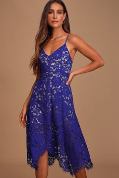 100+ Dresses Perfect for Wedding Guests | The Perfect Palette Dresses For Teens, Trendy Dresses, Nice Dresses, Women's Dresses, Dresses Online, Royal Blue Lace Dress, Yellow Dress, Handkerchief Hem Dress, Floral Print Maxi Dress