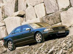 Audi S8 D2 2000