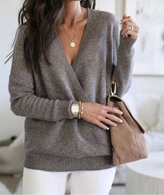 Loving this draped sweater! It's transitional, stylish & soft. See my stories for how to shop this sweater.my tips on how to wear it,… - Pullover Blazer Outfits, Casual Winter Outfits, Sweater Outfits, Fall Outfits, Casual Blazer, Work Outfit Winter, Comfy Work Outfit, Stylish Outfits, Mode Outfits
