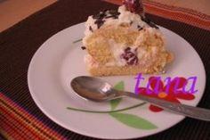 Rulada cu visine si crema de branza dulce - Culinar.ro