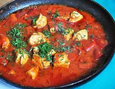 Romanian Food, Thai Red Curry, Food To Make, Bacon, Food And Drink, Vegetarian, Chicken, Vegetables, Eat