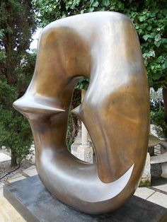 Henry Moore - working model for oval with points, Venice Modern Sculpture, Abstract Sculpture, Bronze Sculpture, Sculpture Art, Henry Moore Sculptures, Peggy Guggenheim, Action Painting, Art Studios, Art Forms