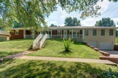 2166 Valley Rd, Springfield, MO 65804