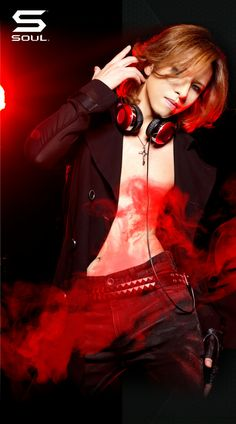 #Yoshiki #headphones!!! I hope I don't miss out on it! pay$ day isn't here yet!! ♥ I'm dying here!!