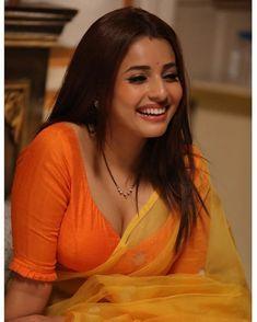 Beautiful Girl Indian, Most Beautiful Indian Actress, Beautiful Girl Image, Beautiful Women, Beautiful Smile, Beautiful Blouses, Cute Beauty, Beauty Full Girl, Beauty Women