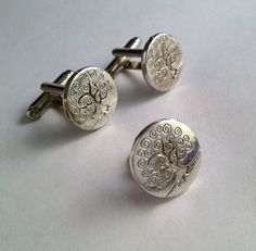 Men's Medium Silver Circle Tree of Life Cuff Links by Lynx2Cuffs, $27.99