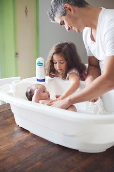 #ad Family bathtime with the new #Cetaphil line of baby products. #beautiphil
