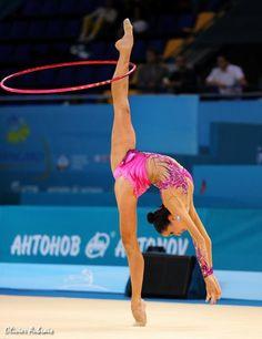 6388. Les championnats du Monde de GR à Kiev : Neta Rivkin (Israel)