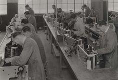 Argentine navy radio units being assembled, 1937. IET Archives NAEST 211/02/08/06 C.3803