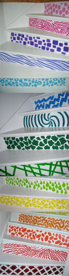 This is one of the three stairs in my home, my daughter made it like that, she is a walll painter !! greets only XiauXiau.