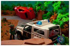 01. ¡Ha habido un accidente en una carretera de montaña! ¡La Guardia Civil que patrullaba por la zona se acerca a asistir a los involucrados en el mismo!