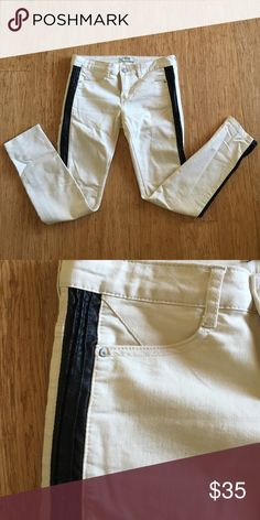 Free People Jeans With Pleather Side Panels Awesome cream color with black pleather stripes down the side. Skinny jean fit. Size 27. Excellent condition with no stains or tears. Free People Jeans Skinny