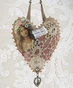 pretty heart hanger