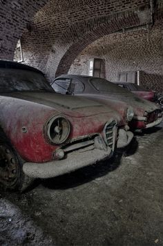 Sad, so sad, an Alfa so neglected.  Hopefully wherever this beauty is located someone will step in and restore it to its' former glory.