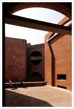 Indian Institute of Management in Ahmedabad, India.1962-74, Louis Kahn.