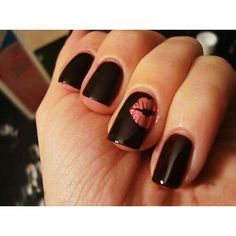 love this take on the one accented nail