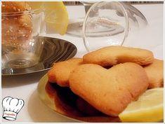 Υπεροχα μυρωδατα και γευστικα μπισκοτα λεμονιου νηστισιμα για ολες τις ωρες.. πραγματικα υπεροχα.....και πολυ ευκολα στην παρασκευη τους!!! <strong>Δοκιμαστε τα!!!</strong> Cheese, Vegan, Cookies, Cake, Blog, Recipes, Biscuits, Pastel, Kuchen
