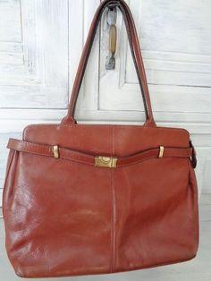 5e5a718890 Genuine leather shoulderbag ,vintage handbag , French Leather handbag. Sac  Cuir ...