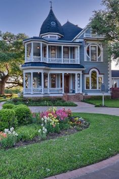 1901 Queen Anne For Sale In Brenham Texas - Traumhaus Dream House Plans, My Dream Home, Dream Houses, Style At Home, Old Style House, Beautiful Buildings, Beautiful Homes, Brenham Texas, Victorian Style Homes