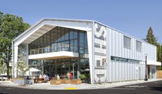 SHED: A Hub for the Healdsburg Food Community - Modern Farmer Building Exterior, Building Design, Cafe Exterior, Education Architecture, Architecture Design, Sustainable Architecture, Pre Engineered Metal Buildings, Healdsburg Shed, Farm Shed