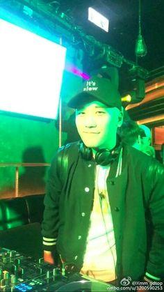 DJ RIRI soooo COOL  #seungri #SR #승리 #スンリ  #HongKong #香港 #afterparty #DJ  #DJRIRI #PONG…