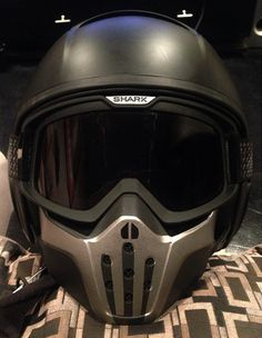 custom mask on black shark raw helmet