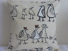 16  NEW CUSHION COVER FUNKY CHICKENS HENS BIRD QUIRKY FRENCH FARMHOUSE BEIGE