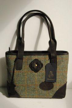 c1fc9e6bd2 Green deer leather and Harris Tweed bag Scalpay made in Scotland Green Bag