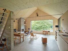 Haus am Thurnberger Stausee: moderne Wohnzimmer von Backraum Architektur