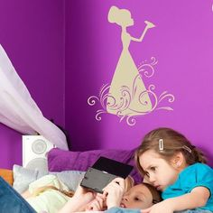 "Style and Apply Frog King Wall Decal Size: 33"" H x 24"" W, Color: Dark Gray"