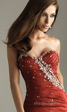 Wish I had something to wear this to. This dress is gorgeous!!