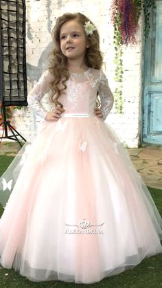 Alexandrina Dress alexandrinadress VIDEO First communion dress firstcommunion flowergirldress communiondress firstcommuniondress whitedress dressforprincess weddingdress whitedress kidsdressforwedding Alexandrina Dress First nbsp hellip Baby Girl Wedding Dress, Wedding Flower Girl Dresses, Baby Dress, Flower Girl Gown, Kids Dress Wear, Kids Gown, Gowns For Girls, Frocks For Girls, Cute Girl Dresses
