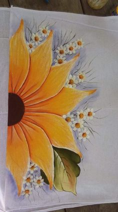 Easy Canvas Painting, Painting & Drawing, Easy Canvas Art, Simple Acrylic Paintings, Fabric Paint Designs, Sunflower Art, Art Drawings Sketches, Pencil Drawings, Watercolor Art