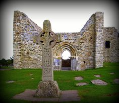 Clonmacnoise, Offaly, Ireland. Near Shannonbridge, monks established Clonmacnoise in the 6th century.